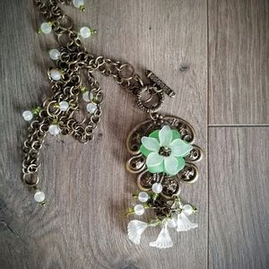 Jewelry - Antique Style Flower Necklace Filigree Long Chain